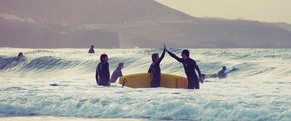 Clases de Surf en Gran Canaria con SurfCamp